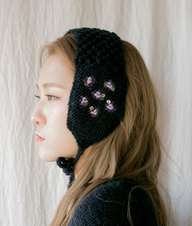 FLOWER OF HIMAL NIGHT EAR WARMER